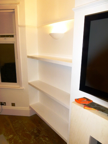 Bloomsbury-WC1 High Gloss Shelves Fitted